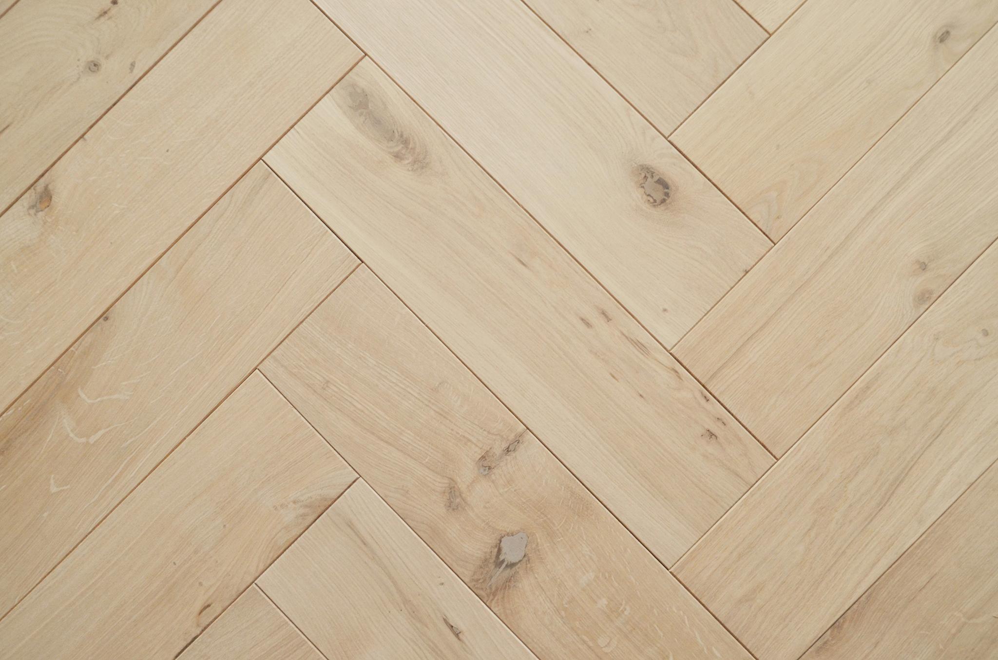 PARAT 20 Oak RM Wildliefe solid plank