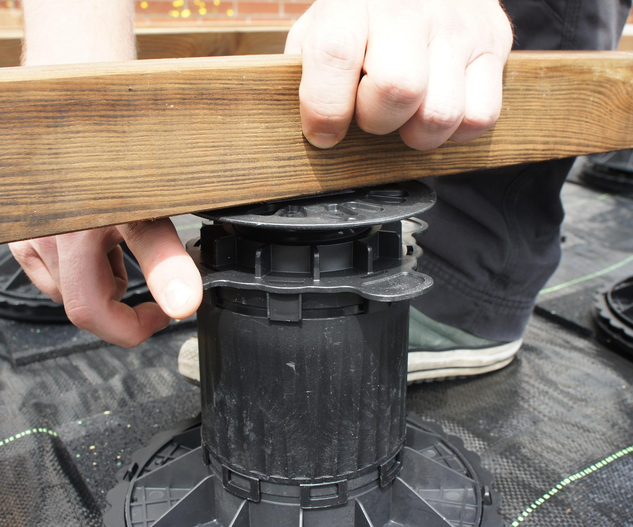 Adjustable foot Pro 40-70mm